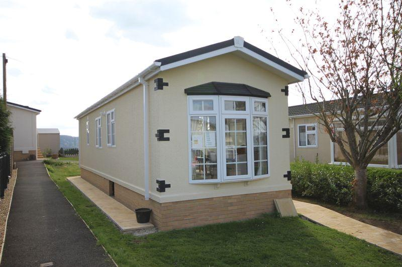 2 Bedrooms Park Home Mobile Home for sale in Vine Tree Park, Ross-on-Wye