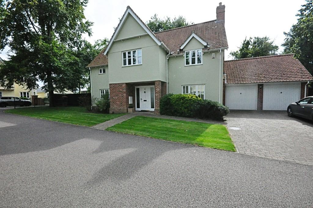 5 Bedrooms Detached House for sale in St. Georges Drive, Rickinghall