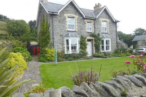 4 bedroom property with land for sale - Llanrhystud, Close to Aberystwyth