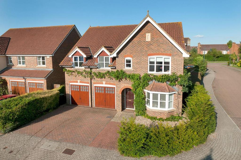 5 Bedrooms Detached House for sale in Alfriston Grove, Kings Hill, ME19 4SR