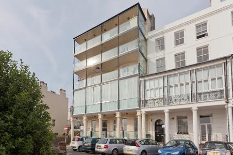 4 bedroom flat to rent - Marine Parade Brighton East Sussex BN2