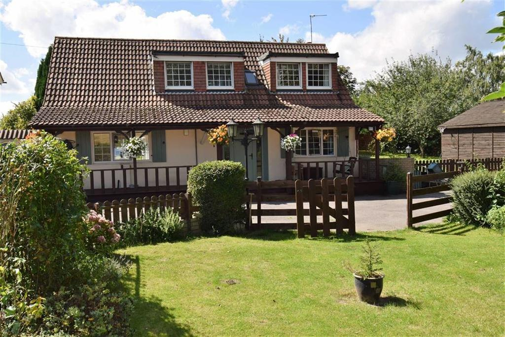 4 Bedrooms Detached Bungalow for sale in Sunnybank, Crockenhill Road, BR8