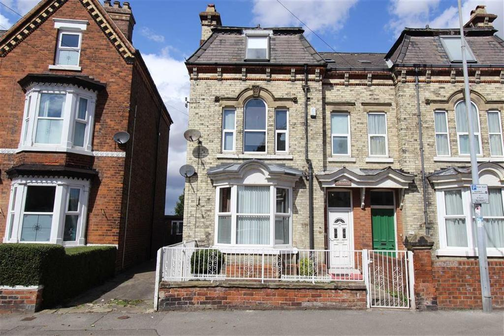 6 Bedrooms Semi Detached House for sale in Victoria Road, Bridlington, YO15