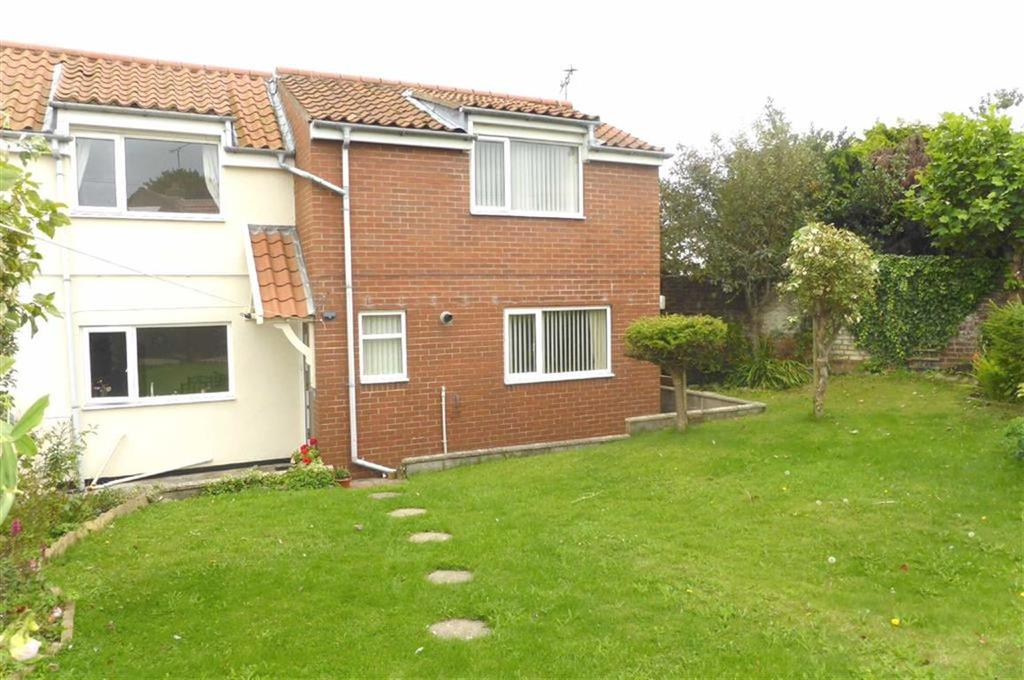 4 Bedrooms End Of Terrace House for sale in Gillus Lane, Bempton, East Yorkshire