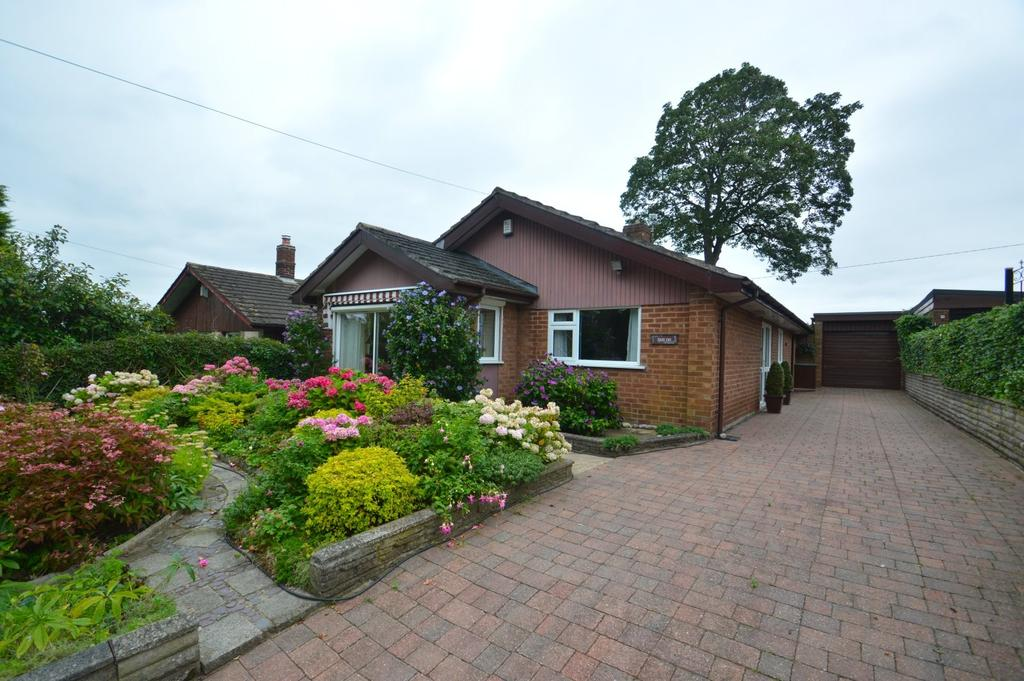 2 Bedrooms Detached Bungalow for sale in Earles Lane, Wincham
