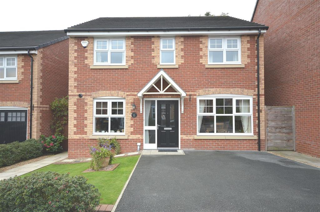 4 Bedrooms Detached House for sale in Meadowbank Avenue, Sandbach