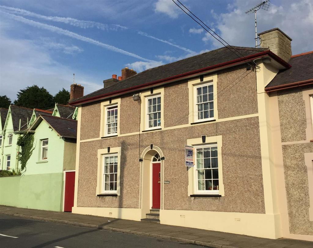 4 Bedrooms House for sale in Princes Avenue, Aberaeron