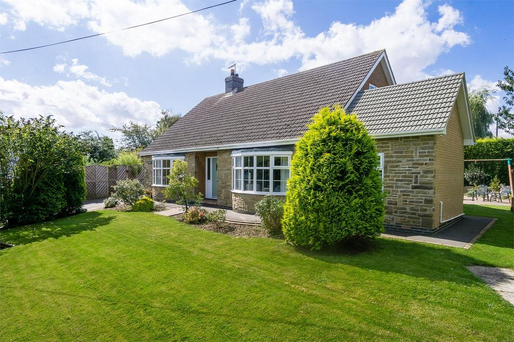 4 Bedrooms Detached Bungalow for sale in Station Road, Keyingham, East Riding of Yorkshire