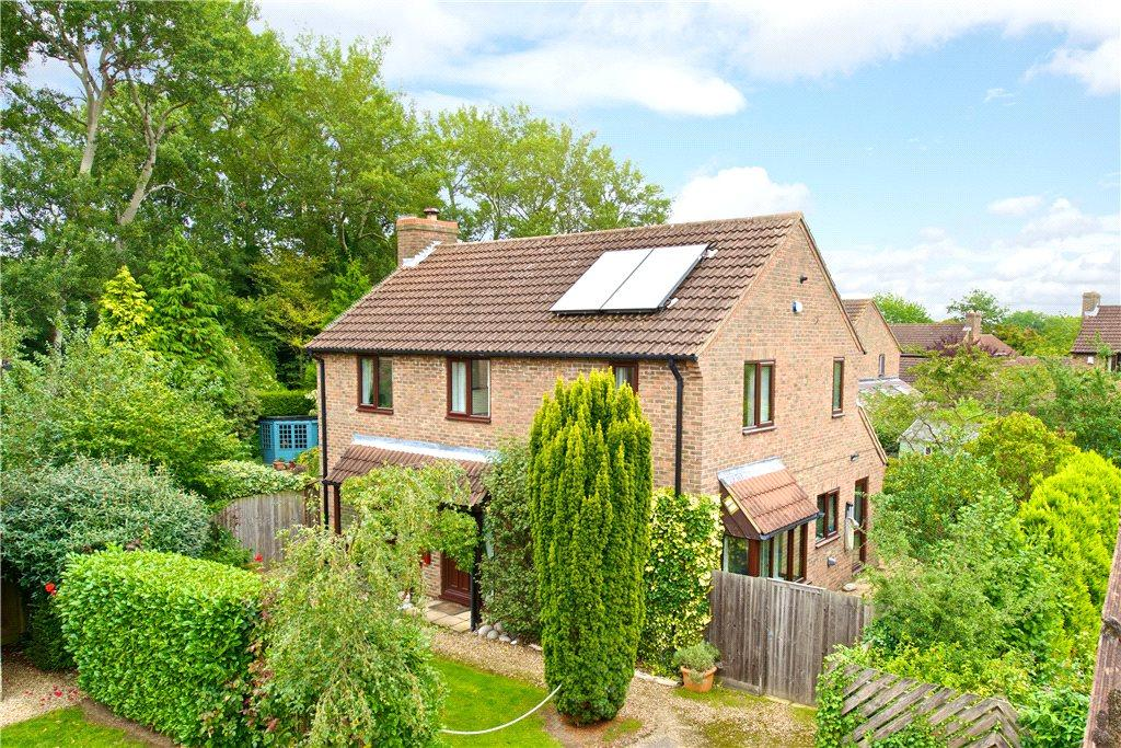 3 Bedrooms Detached House for sale in Ledbury, Great Linford, Milton Keynes, Buckinghamshire