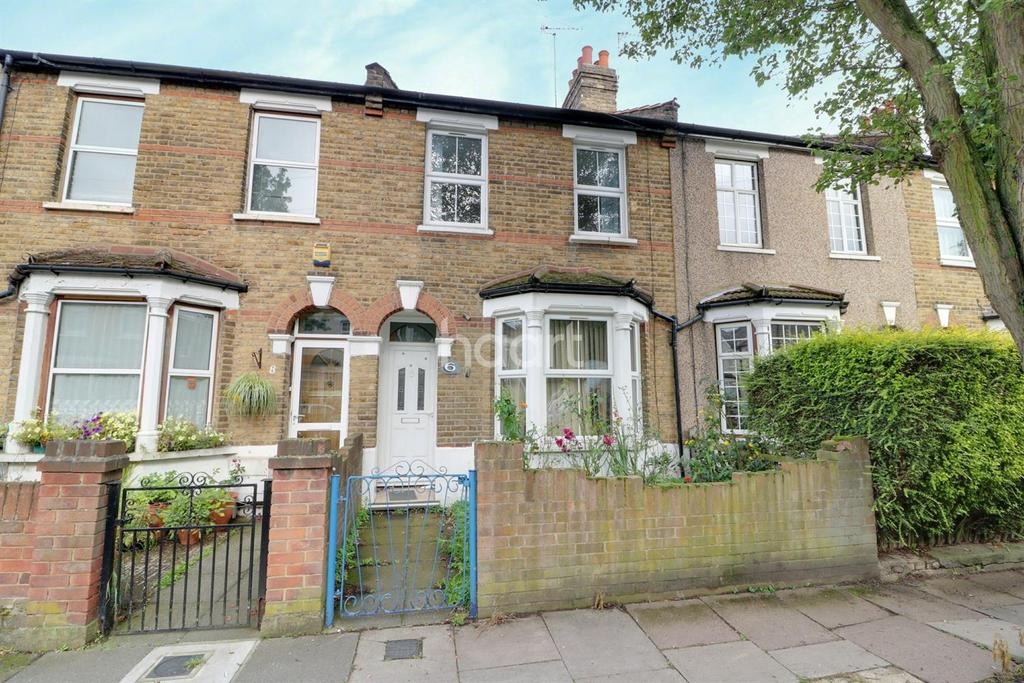 3 Bedrooms Terraced House for sale in Clive Road, Enfield, EN1