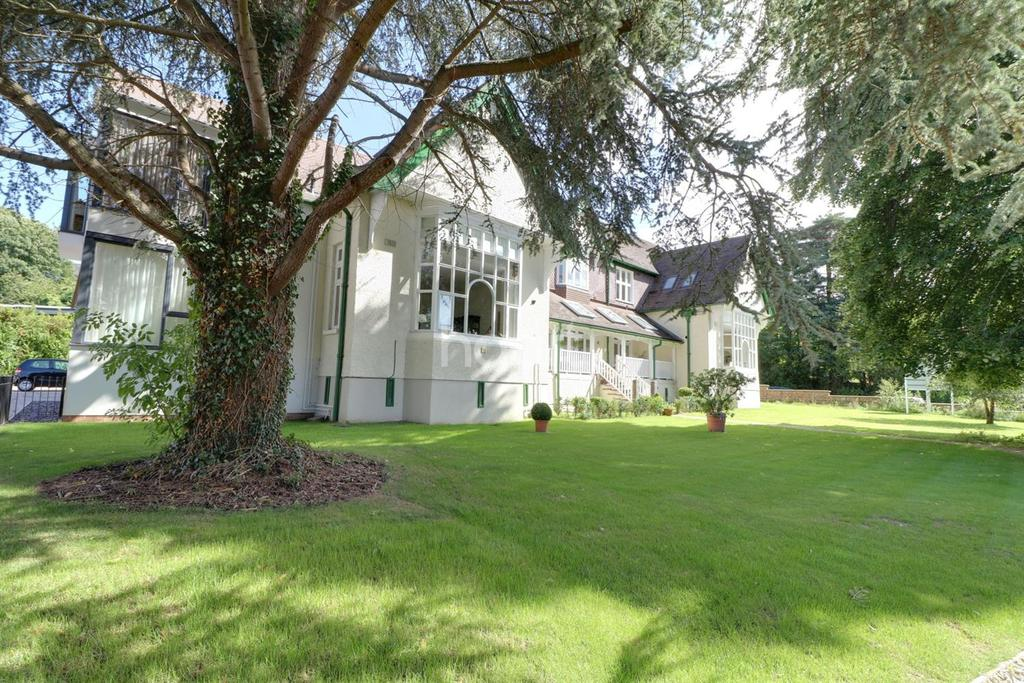 2 Bedrooms Flat for sale in The Rolls Buildings, Monmouth