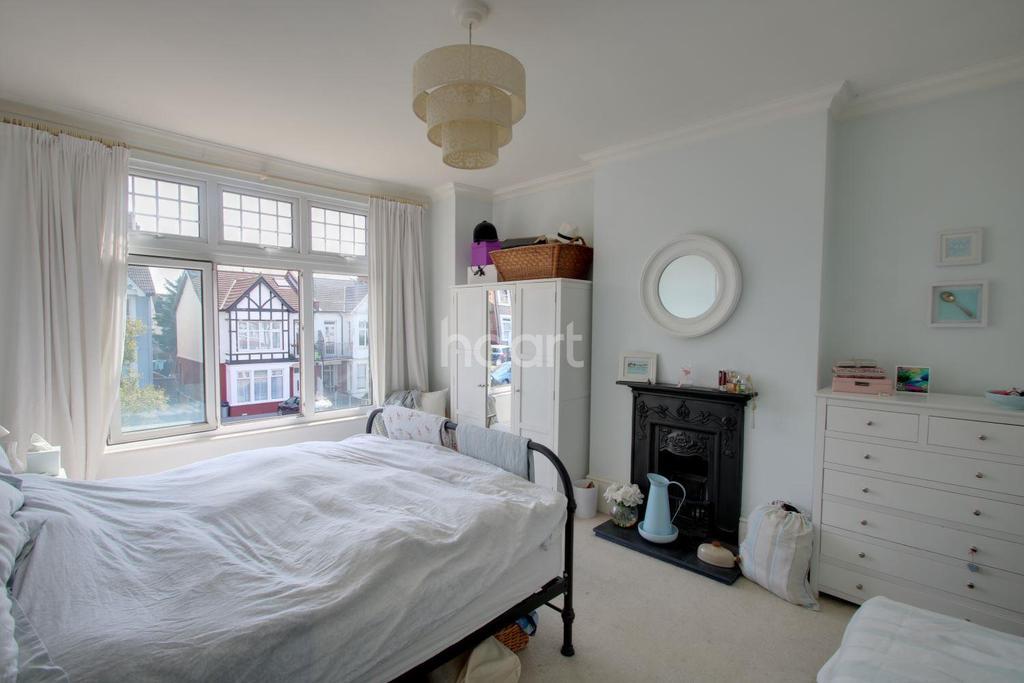 5 Bedrooms Semi Detached House for sale in Satanita Road