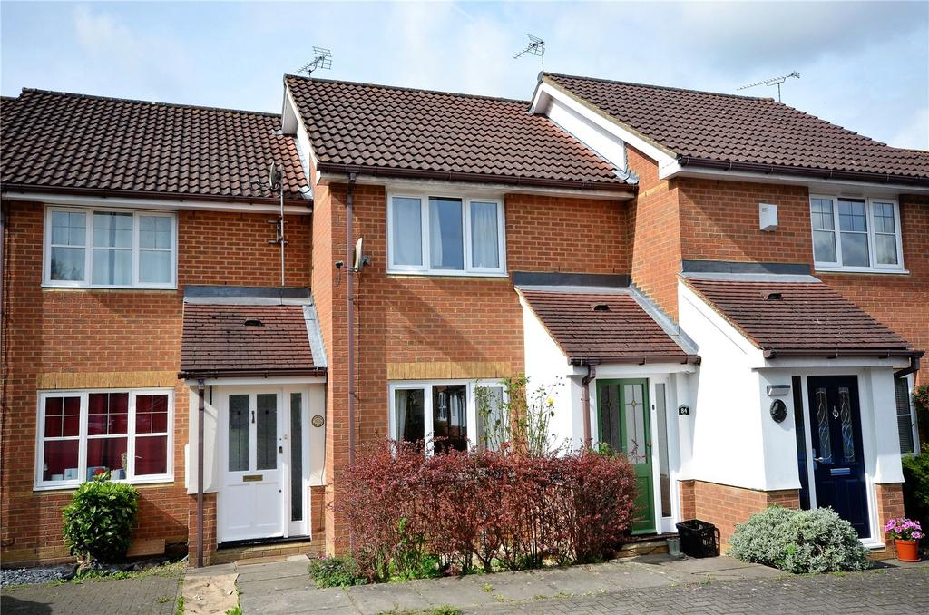 2 Bedrooms Terraced House for sale in Woodfield Way, Theale, Reading, Berkshire, RG7