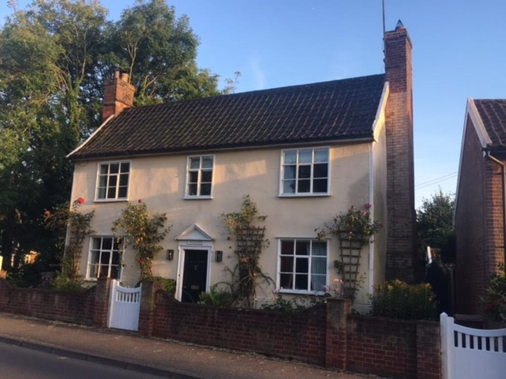 3 Bedrooms Detached House for sale in Earl Soham, Nr Framlingham, Suffolk