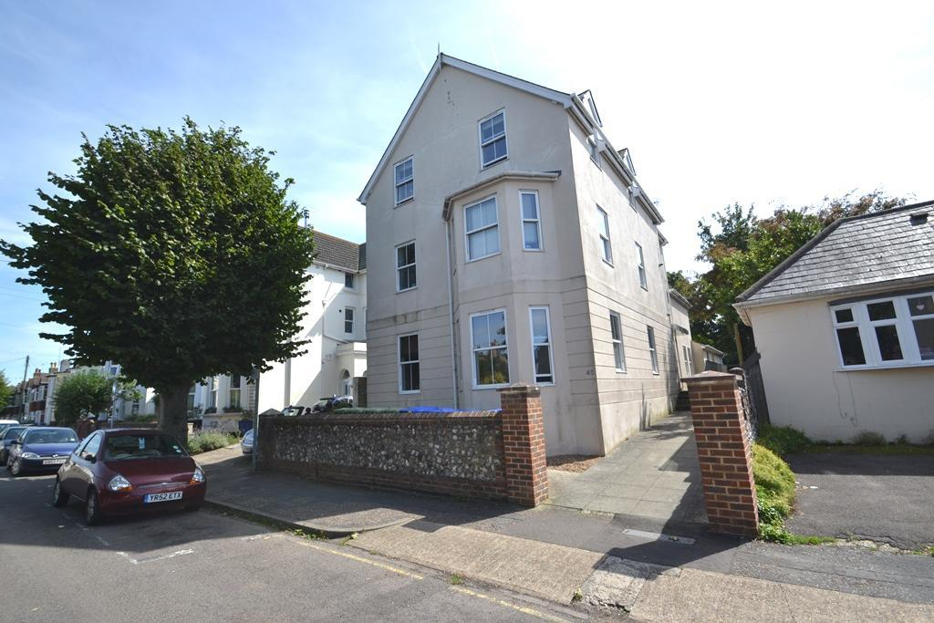 2 Bedrooms Flat for sale in Wenban Road, Worthing, West Sussex, BN11 1HY