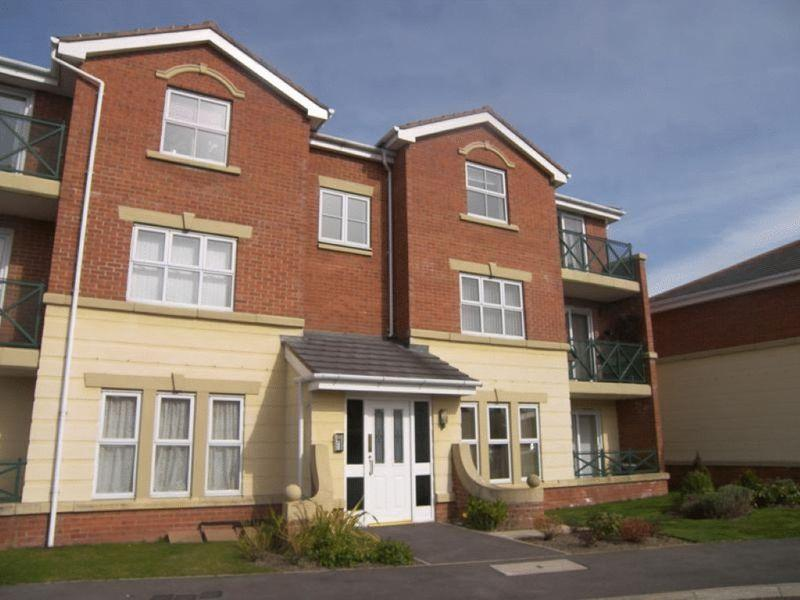 2 Bedrooms Ground Flat for sale in The Copse, Forest Hall, Newcastle Upon Tyne