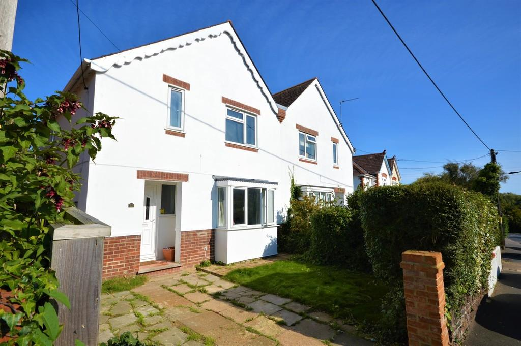 3 Bedrooms Semi Detached House for sale in Station Road, St. Helens