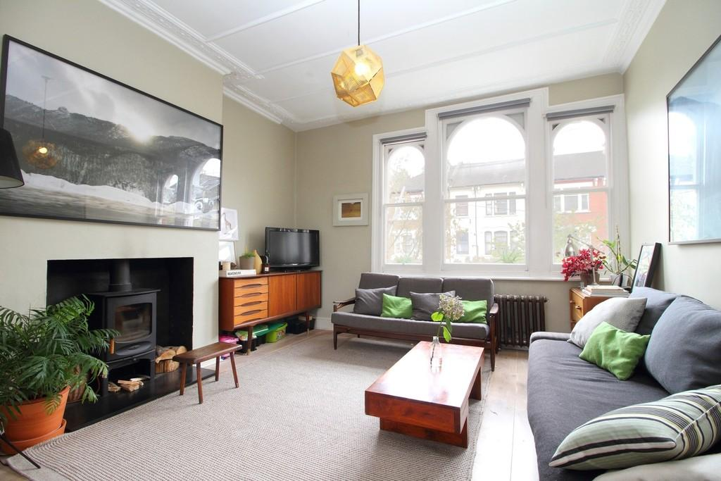 3 Bedrooms Apartment Flat for sale in Yerbury Road, N19 4RL