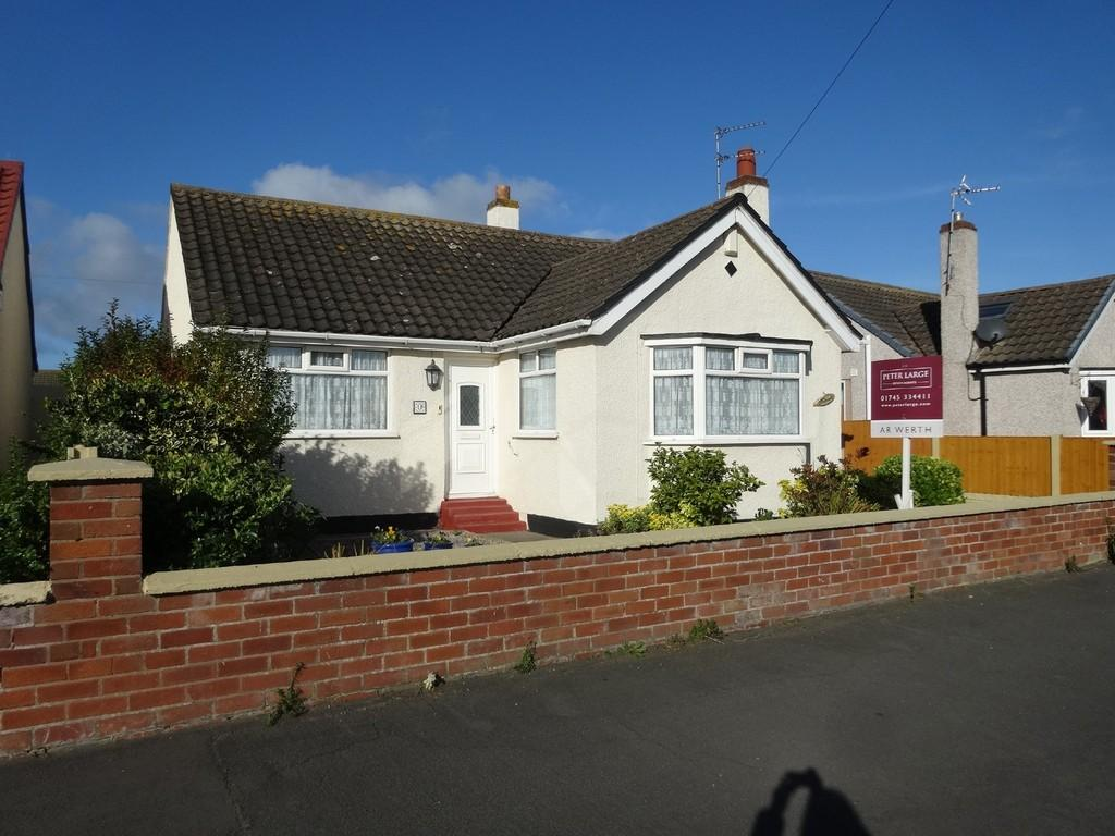 2 Bedrooms Detached Bungalow for sale in Roseview Crescent, Kinmel Bay