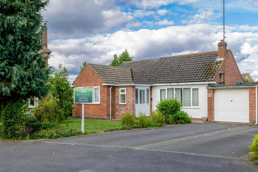 3 Bedrooms Detached Bungalow for sale in Tulip Tree Avenue, Kenilworth