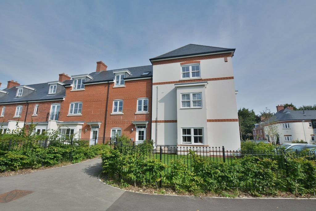 2 Bedrooms Apartment Flat for sale in Pottle Walk, Wimborne