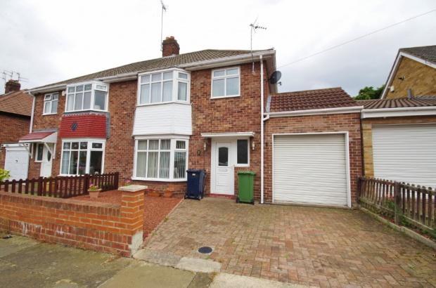 3 Bedrooms Semi Detached House for sale in Hipsburn Drive, Sunderland, SR3