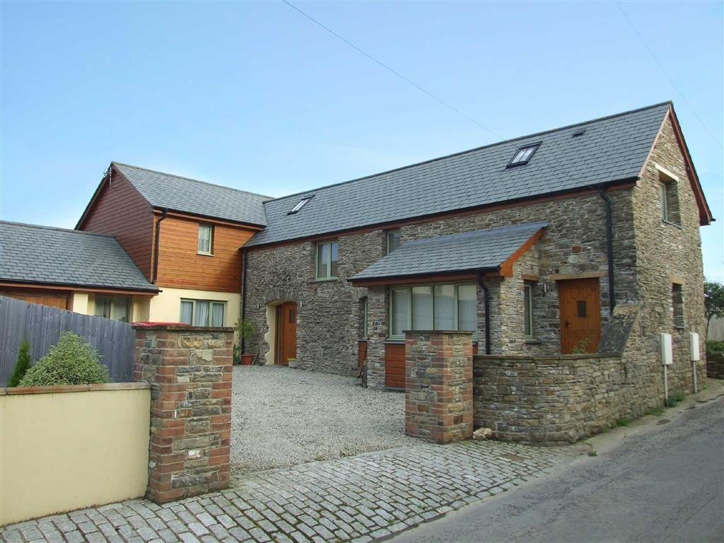 4 Bedrooms Detached House for sale in North Lane, Bickington, Barnstaple, Devon, EX31