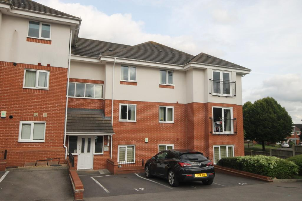 2 Bedrooms Ground Flat for sale in Old School Court, Earl Shilton