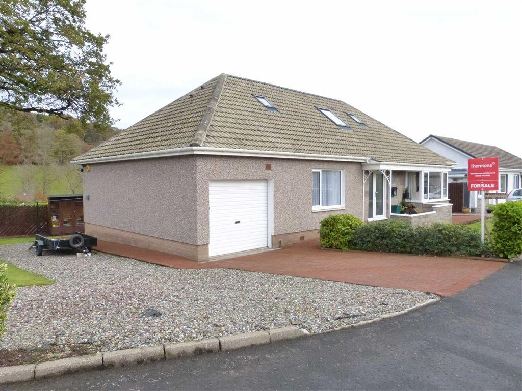 4 Bedrooms Villa House for sale in Ochilview Gardens, Crieff, Perthshire