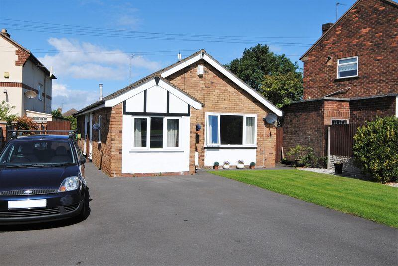 3 Bedrooms Detached Bungalow for sale in Town Meadow Lane, Moreton