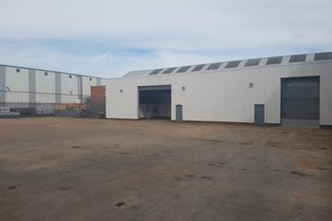 Industrial unit to rent - 89-90 Gillett Street, Hull, East Yorkshire, HU3