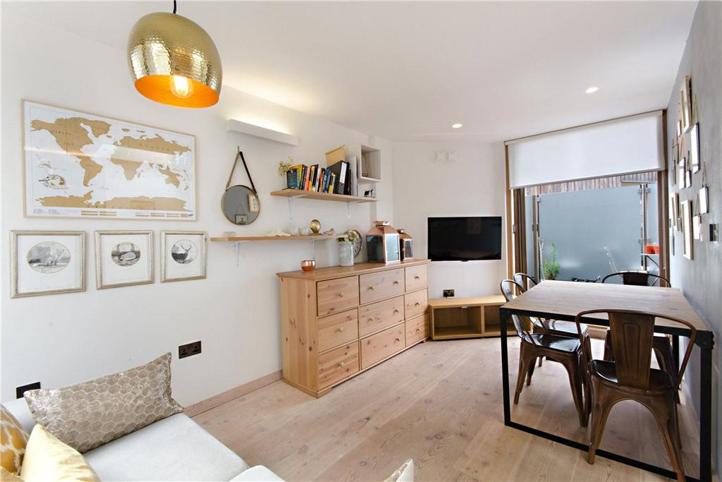 1 Bedroom Flat for sale in Old Street, London, EC1V