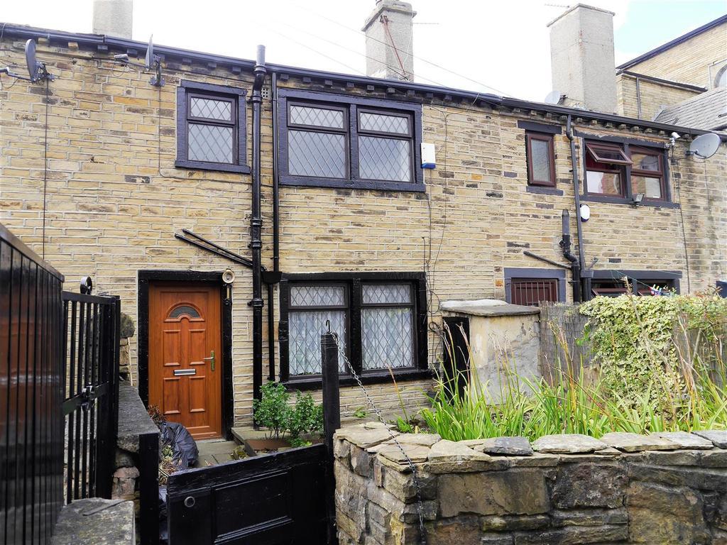 3 Bedrooms Terraced House for sale in Murray Street, Little Horton, BD5 9DD