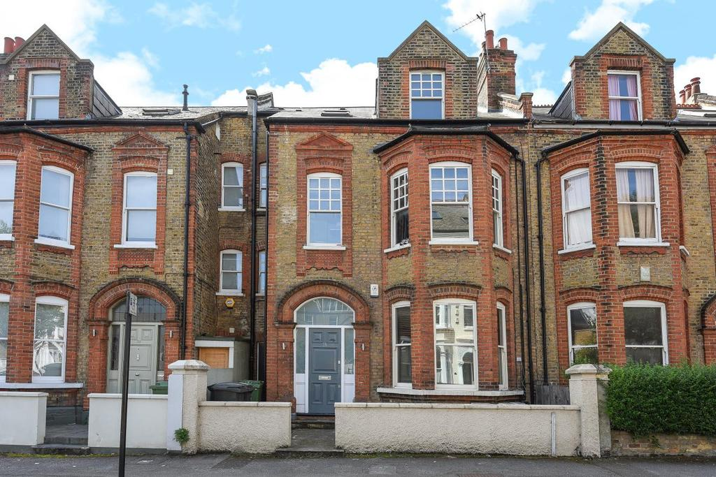 2 Bedrooms Flat for sale in Trent Road, Brixton