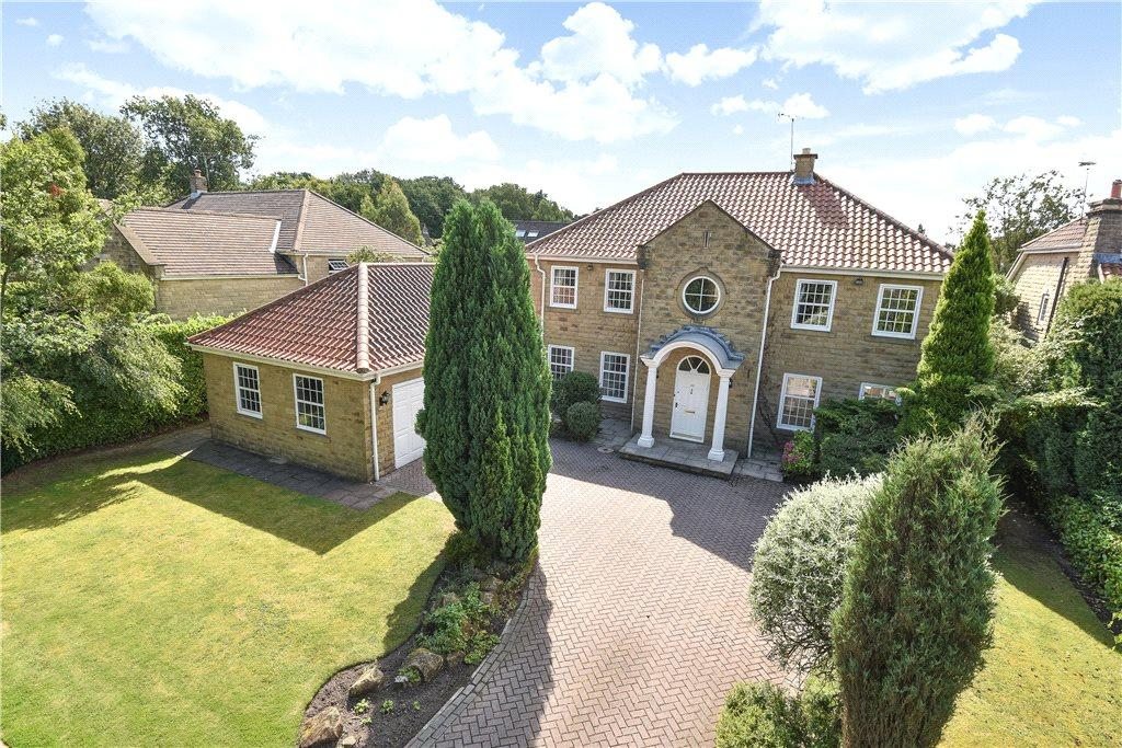 5 Bedrooms Detached House for sale in Fern Way, Scarcroft, Leeds