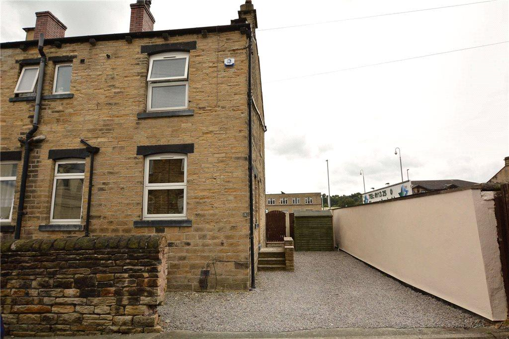 3 Bedrooms Semi Detached House for sale in Laburnum Street, Farsley, Pudsey, West Yorkshire