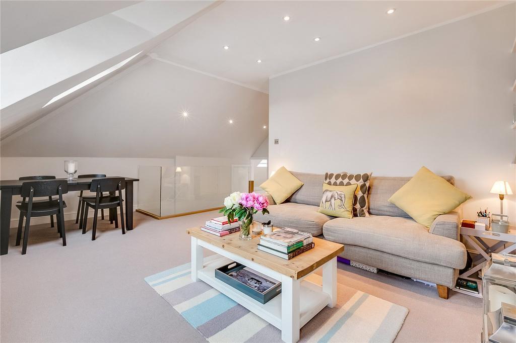 1 Bedroom Flat for sale in Cromford Road, East Putney, London