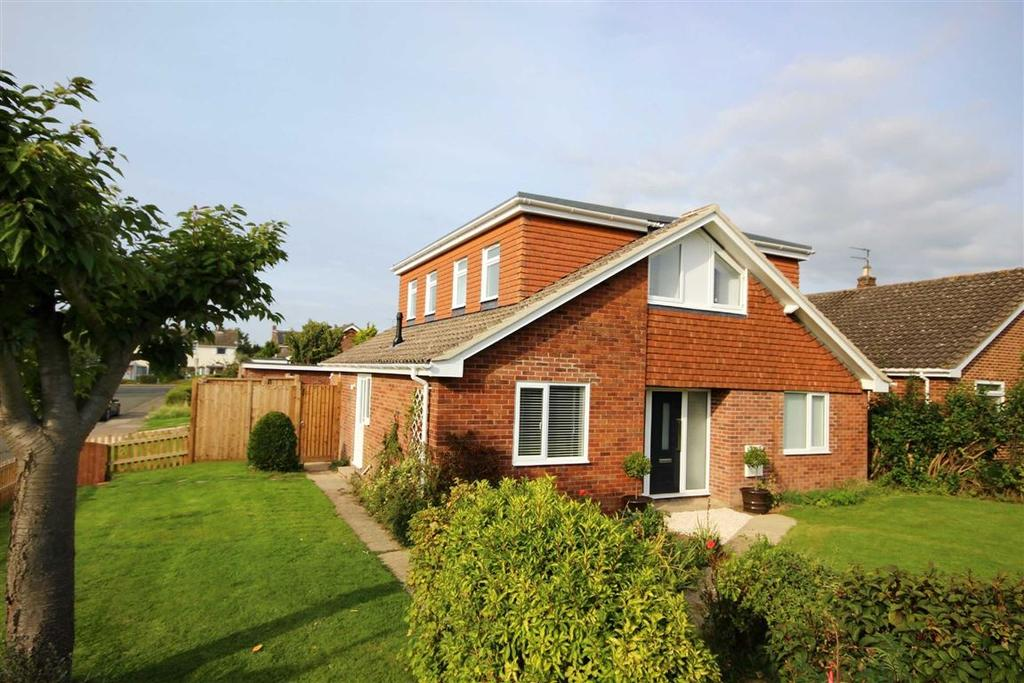 5 Bedrooms Detached House for sale in Charnwood Road, Leckhampton, Cheltenham, GL53