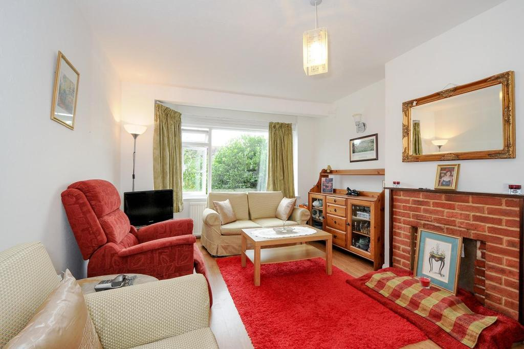 2 Bedrooms Maisonette Flat for sale in Friern Park, North Finchley