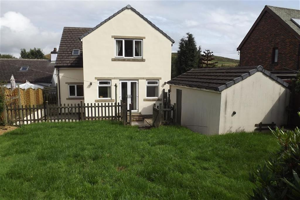 3 Bedrooms Detached House for sale in Manchester Road, Crow Edge, Sheffield, S36
