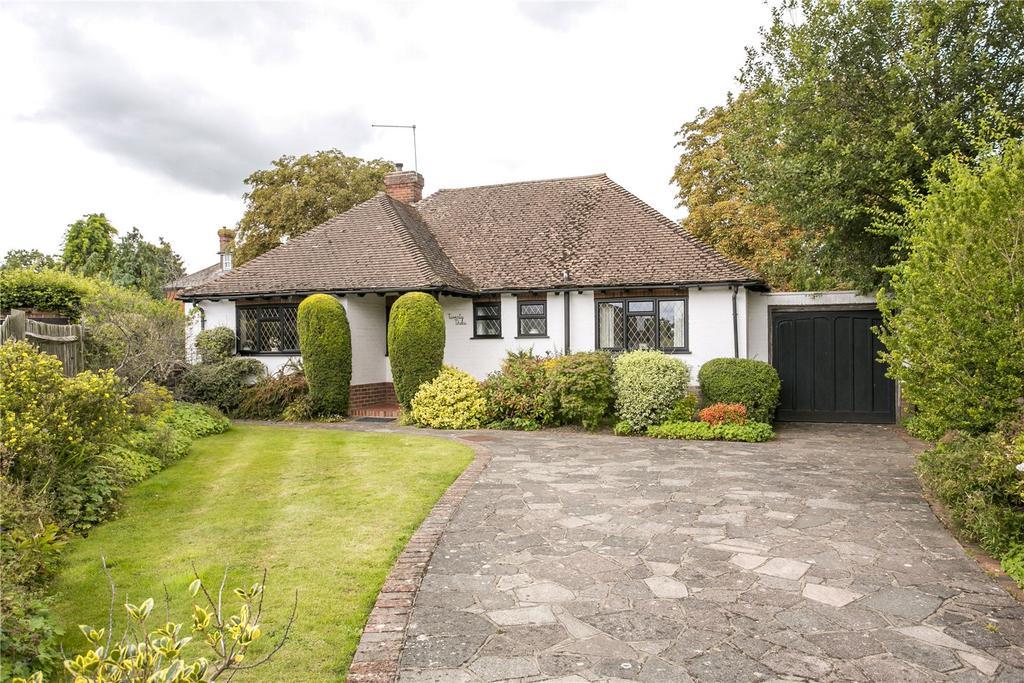 3 Bedrooms Detached Bungalow for sale in Knowsley Way, Hildenborough, Tonbridge, Kent