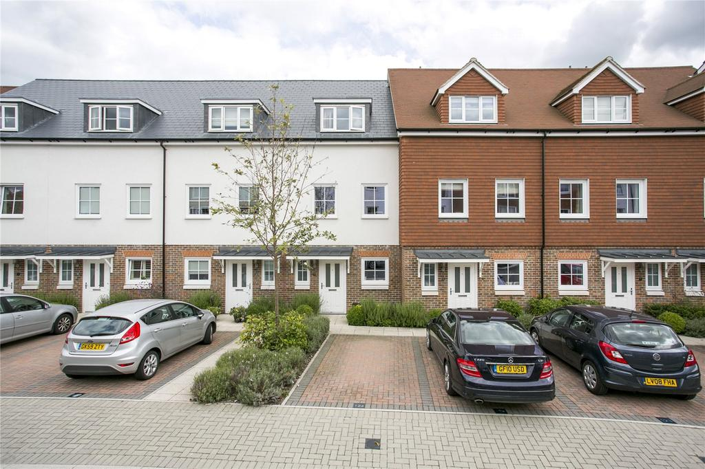 3 Bedrooms End Of Terrace House for sale in Eden Road, Dunton Green, Sevenoaks, Kent