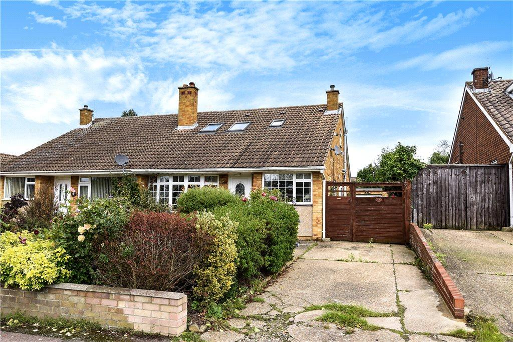4 Bedrooms Semi Detached House for sale in Stancliffe Road, Bedford, Bedfordshire