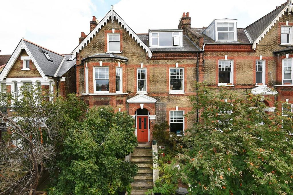 7 Bedrooms Semi Detached House for sale in Foyle Road, Blackheath