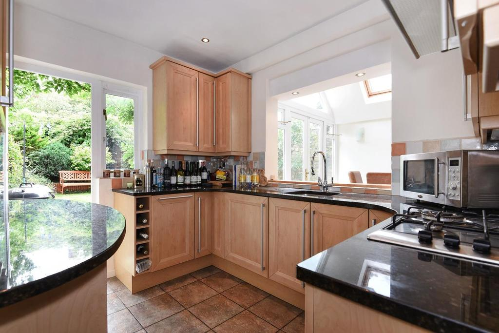 1 Bedroom Flat for sale in Disraeli Road, Putney