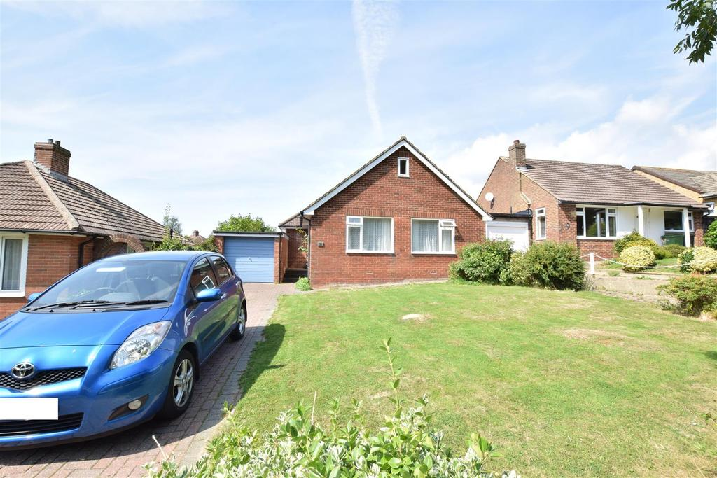 2 Bedrooms Detached Bungalow for sale in Parkstone Road, Hastings