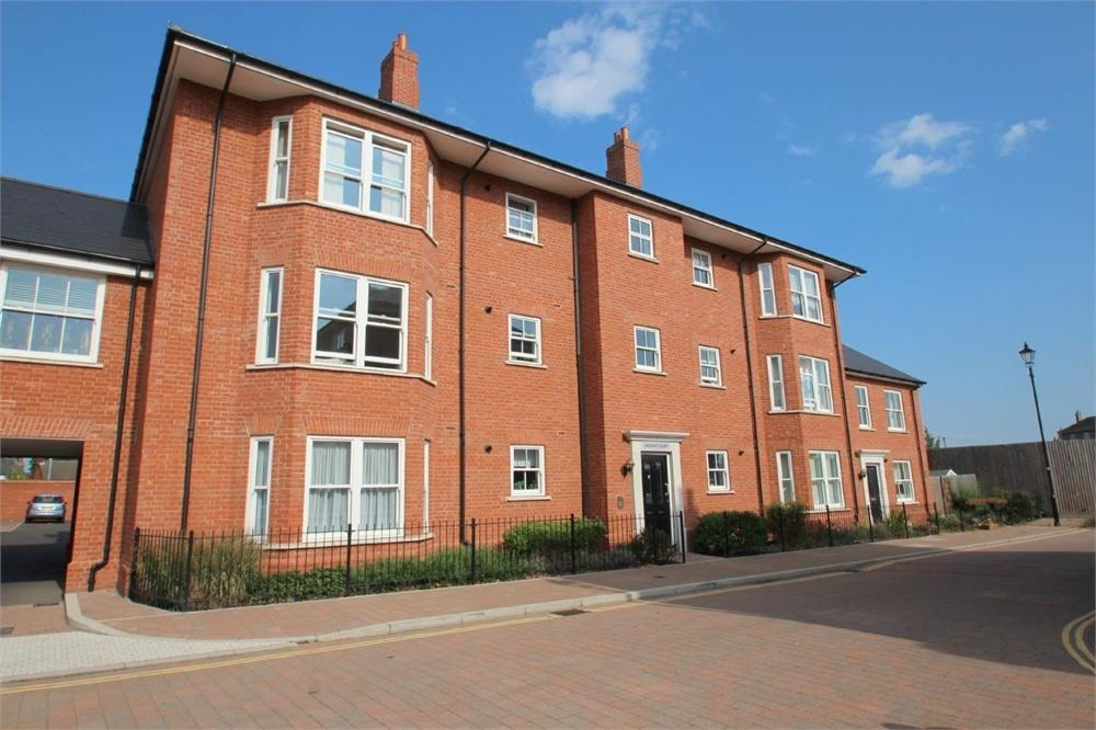 2 Bedrooms Flat for sale in Caesar Court, Roman Circus Walk, COLCHESTER, Essex