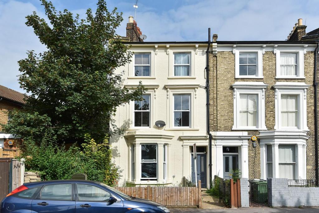 1 Bedroom Flat for sale in Park Hall Road, West Dulwich
