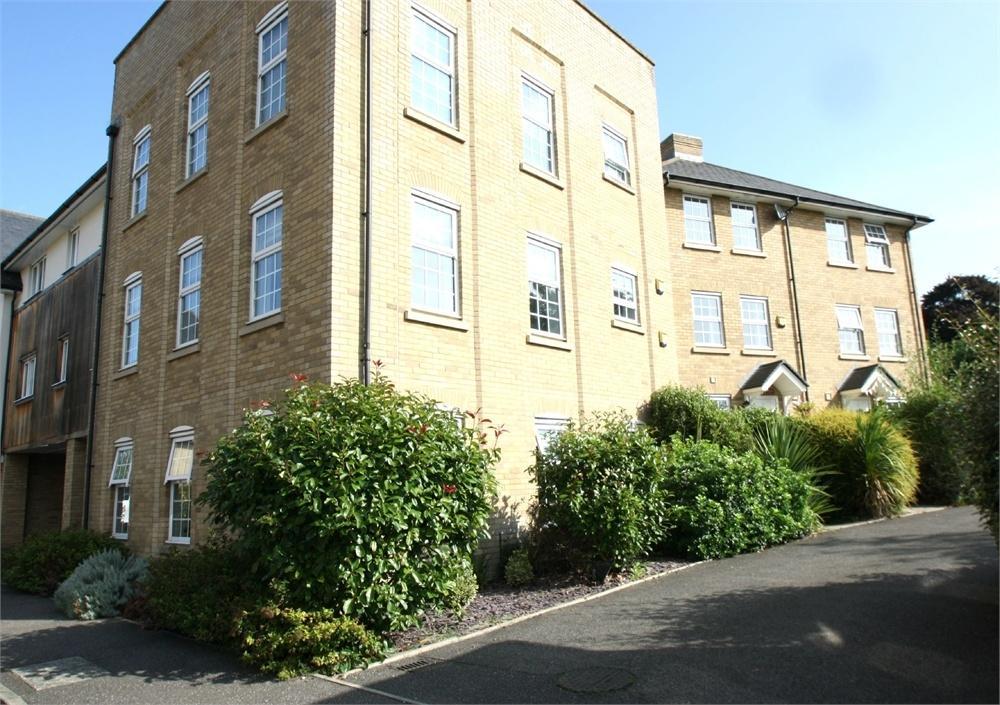 1 Bedroom Flat for sale in Dove House Meadow, Great Cornard, Sudbury, Suffolk