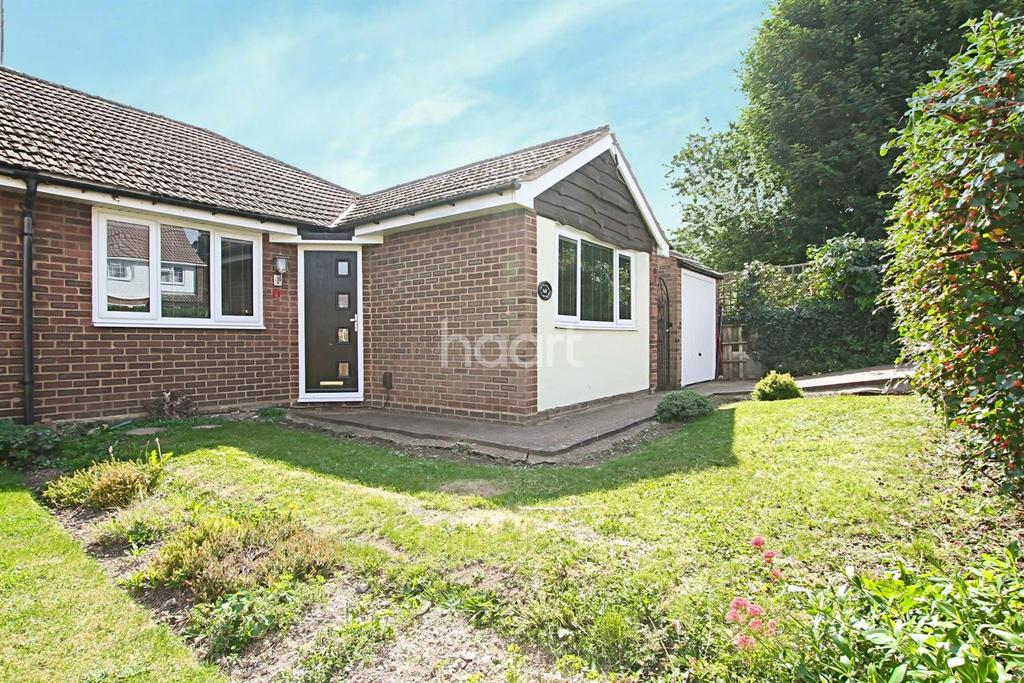 3 Bedrooms Bungalow for sale in Stanton Road